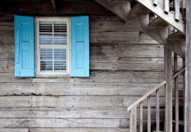 Výhody a nevýhody prodeje nemovitosti s realitní kanceláří